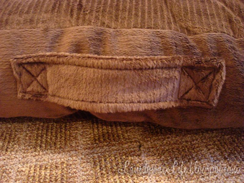 Floor Pillows Joannes : Box-style floor pillow - Lansdowne Life