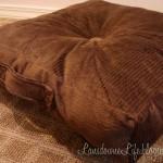 Box-style floor pillow