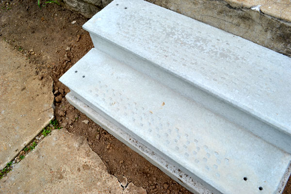 Ready Made Concrete : Replacing our crumbling concrete porch steps lansdowne life