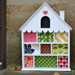 Ugly craft makeover: House shelf turned toddler dollhouse