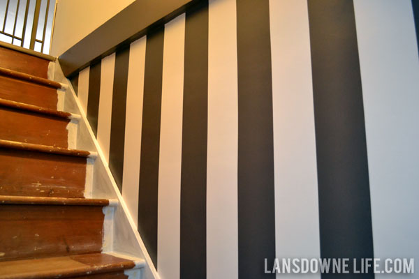 Stairway Progress: Painted Wall Stripes