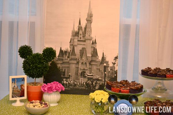 Disney World Magic Kingdom birthday party decorations & Disney World Magic Kingdom birthday party: Decorations - Lansdowne Life