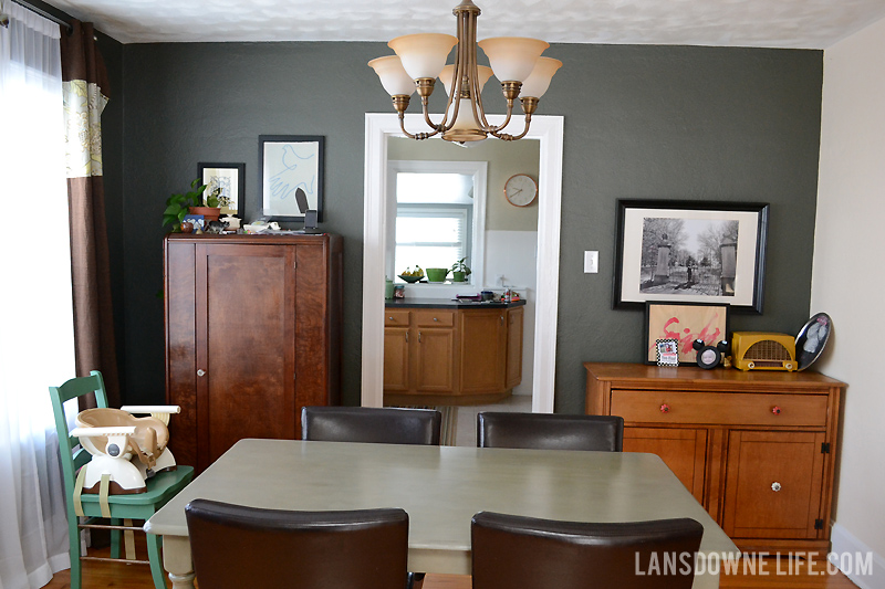 Gray walls in dining room