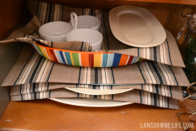 placemats-padding-dishes