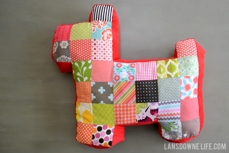 patchwork-dog-pillow