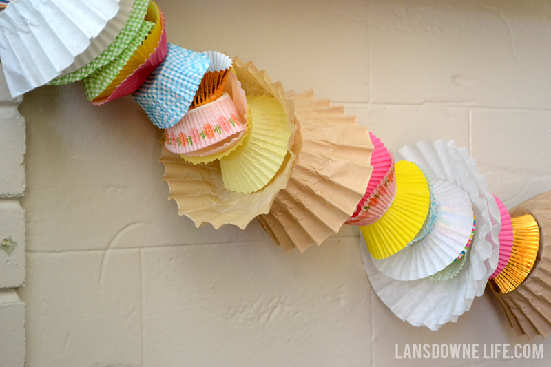 Baking party - cupcake wrapper garland